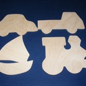 Fa figurák (4 db), Vegyes alapanyag, Mindenmás,      Fa figurák  A csomag tartalma: autó, vitorlás, teherautó, mozdonyMérete: 11,5x6,5 cm (autó), 1..., Alkotók boltja