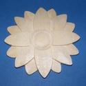 Faragvány (8x8 cm) - nagy virág, Vegyes alapanyag, Mindenmás,   Faragvány - nagy virág- kézzel faragott -   Ízléses dekorációkat, díszítéseket készíthatünk a seg..., Alkotók boltja