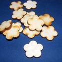 Fa alap (242. minta/1 db) - virág, Fa, Famegmunkálás, Egyéb fa,  Fa alap (242. minta) - 5 szirmú virág   Mérete: Ø 25 mmAnyaga: rétegelt lemezAnyagvastagság: 3 mm ..., Alkotók boltja