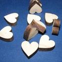 Fa alap (246. minta/1 db) - szív (20x20 mm), Fa, Famegmunkálás, Egyéb fa,  Fa alap (246. minta) - szív (vastag)  Mérete: 20x20 mmAnyaga: rétegelt lemezAnyagvastagság: 7 mm A..., Alkotók boltja
