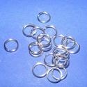 Szerelőkarika (1019. minta/20 db) - 7x0,7 mm, Gyöngy, ékszerkellék,  Szerelőkarika (1019. minta) - szimpla - ezüst színben  Mérete: 7x0,7 mm  Az ár 20 db termék..., Alkotók boltja