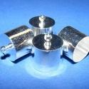 Bőrvég (434/L minta/1 db) - 16x14 mm, Gyöngy, ékszerkellék, Ékszerkészítés,  Bőrvég és szalagvég (434/L minta) - ezüst színben  Mérete: 16x14 mm Belső átmérő: 13,5 mm  Az ár e..., Alkotók boltja