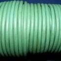 Hasított bőrszíj - 5 mm (17. minta/1 m) - középzöld (AKCIÓS), Vegyes alapanyag, Egyéb alapanyag, Bőrművesség,  Hasított bőrszíj (17. minta) - középzöld - AKCIÓSMérete: 5 mm átmérőjűValódi hasított marhabőrből ..., Alkotók boltja
