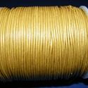 Hasított bőrszíj - 1,5 mm (5. minta/1 m) - arany, Vegyes alapanyag, Egyéb alapanyag, Bőrművesség,  Hasított bőrszíj (5. minta) - arany  Mérete: 1,5 mm átmérőjű  Valódi hasított marhabőrből készült...., Alkotók boltja