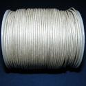 Hasított bőrszíj - 1,5 mm (18. minta/1 m) - ezüstszürke, Vegyes alapanyag, Egyéb alapanyag, Bőrművesség,  Hasított bőrszíj (18. minta) - ezüstszürke  Mérete: 1,5 mm átmérőjű  Valódi hasított marhabőrből k..., Alkotók boltja