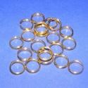 Szerelőkarika (1006. minta/20 db) - 8 mm, Gyöngy, ékszerkellék, Ékszerkészítés,  Szerelőkarika (1006. minta) - dupla - arany színben  Mérete: 8 mm Az ár 20 db termékre vonatkozik..., Alkotók boltja