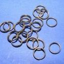 Szerelőkarika (1017/C minta/20 db) - 4 mm, Gyöngy, ékszerkellék,  Szerelőkarika (1017/C minta) - dupla - bronz színben  Mérete: 4 mm  Az ár 20 db termékre vonatkozik..., Alkotók boltja