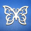 Fa alap (133. minta/1 db) - metszett pillangó, Fa,  Fa alap (133. minta) - metszett pillangó    Mérete: 7x5,5 cm Anyaga: natúr rétegelt lemezAnya..., Alkotók boltja