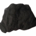 Festett gyapjú (50 g) - fekete, Textil,  Festett gyapjú - fekete  Kiszerelés: 50 g Többféle színben.Az ár 50 g termékre vonatkozik. , Alkotók boltja