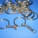 Kulcskarika lánccal (468/E minta/1 db) - 25 mm, Csat, karika, zár,  Kulcskarika lánccal (468/E minta) - nikkel színben  Méretei:Kulcskarika: 25x2 mmLánc: 25 mmCstalako..., Alkotók boltja