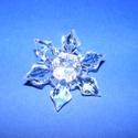 Akril gyöngy-63 (1 db) - átlátszó hópehely, Gyöngy, ékszerkellék,   Akril gyöngy-63 - hópehely - átlátszó  Mérete: 45x12 mmFurat mérete: 2 mm  Az ár 1 darab t..., Alkotók boltja