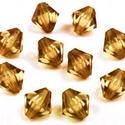 Csiszolt üveggyöngy-47 (6x6 mm/15 db) - füsttopáz gyémánt, Gyöngy, ékszerkellék,  Csiszolt üveggyöngy-47 - füsttopáz gyémánt  Mérete: 6x6 mmFurat: 1,5 mm  Kiszerelés: 15 db/..., Alkotók boltja
