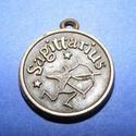 Medál (horoszkóp/1 db) - nyilas, Gyöngy, ékszerkellék,  Horoszkóp medál - nyilas - bronz színben  Mérete: 18x2 mm Az ár 1 db termékre vonatkozik...., Alkotók boltja