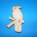 Fa alap (24. minta/1 db) - papagáj, Fa, Famegmunkálás, Egyéb fa,  Fa alap (24. minta) - papagáj    Mérete: 7,5x4,5 cm Anyaga: natúr rétegelt lemezAnyagvastagság: ..., Alkotók boltja