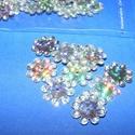Flitter-38 (3 g/csomag) - hologramos ezüst (virág), Gyöngy, ékszerkellék,  Flitter-38 - hologramos ezüst - virág  Mérete: Ø 12 mmA furat mérete: 1 mm  Kiszerelés: 3..., Alkotók boltja