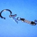 Kulcstartó (465. minta/1 db) - fonott lánccal , Csat, karika, zár, Mindenmás,  Kulcstartó fonott lánccal (465. minta) - nikkel színben  Mérete: 60 mm (lánc és karika együtt)  Az..., Alkotók boltja