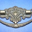 Fém fogantyú-13 (1 db) - antik bronz, Csat, karika, zár, Mindenmás,  Fém fogantyú-13 - antik bronz  Mérete: 7,3x4,5 cm  Az ár egy darab termékre vonatkozik.    , Alkotók boltja