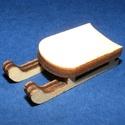 Fa szánkó (4,5x2 cm/1 db) - mini, Fa,  Fa szánkó - mini    Mérete: 4,5x2 cmAnyaga: natúr fa, nem pácolt, nem kezelt  Az ár egy dar..., Alkotók boltja