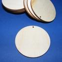 Fa alap (179. minta/1 db) - fúrt korong (Ø 60 mm), Fa, Famegmunkálás, Egyéb fa,  Fa alap (179. minta) - fúrt korong   Mérete: Ø 60 mmA furat mérete: 2 mmAnyaga: rétegelt lemezAnya..., Alkotók boltja