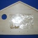 Fa fali kulcstartó alap (1 db) - házikó, Fa, Famegmunkálás, Egyéb fa,  Fali kulcstartó alap - házikó forma    Mérete: 220x145x7-10 mmAnyaga: natúr fa  Az akasztó horgo..., Alkotók boltja