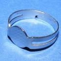 Gyűrű alap (25. minta/1 db), Gyöngy, ékszerkellék, Ékszerkészítés,  Gyűrű alap (25. minta) - nikkel színben  Mérete: 17 mm (karika átmérő); 8 mm (fej átmérő) A gyűrű..., Alkotók boltja