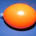 Műanyag tojás akasztóval (narancs/1db) 6cm, Vegyes alapanyag,  Műanyag tojás   A tojáson 1db akasztófül található  Mérete:63x45mm(akasztó nélkül)Anyaga..., Alkotók boltja