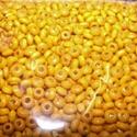 Festett fagyöngy-4 (3x2 mm/15 g) - sárga, Gyöngy, ékszerkellék, Gyöngy,  Festett fagyöngy-4 - sárga  Mérete: 3x2 mmFurat: 1 mm  Kiszerelés: 15 gA csomag tartalma: kb. 1500..., Alkotók boltja