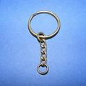 Kulcskarika lánccal (469/AB minta/1 db) - 25 mm , Csat, karika, zár, Mindenmás,  Kulcskarika lánccal (469/AB minta) - bronz színben  Méretei: Kulcskarika: 25 mmLánc: 22 mmKis kari..., Alkotók boltja