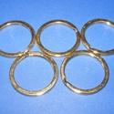 Kulcskarika (468/D minta/1 db) - 30 mm, Csat, karika, zár, Mindenmás,  Kulcskarika (468/D minta) - arany színben  Mérete: 30x2 mmAz ár 1 db termékre vonatkozik.  , Alkotók boltja