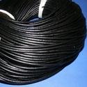 Hasított bőrszíj - 3 mm (1. minta/1 m) - fekete , Vegyes alapanyag, Egyéb alapanyag, Bőrművesség,  Hasított bőrszíj (1. minta) - tekercses - fekete  Valódi hasított marhabőrből készült.  Mérete: 3 ..., Alkotók boltja