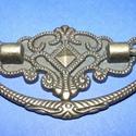 Fém fogantyú-14 (1 db) - antik bronz, Csat, karika, zár, Mindenmás,  Fém fogantyú-14 - antik bronz  Mérete: 5x3 cm  Az ár egy darab termékre vonatkozik.  , Alkotók boltja
