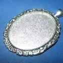 Medál alap (172/B minta/1 db), Gyöngy, ékszerkellék, Ékszerkészítés,  Medál alap (172/B minta) - ovális - antik ezüst színben - akasztóval  Mérete: 50x40 mmMérete (akas..., Alkotók boltja