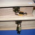 """Könyv alakú fadoboz szögletes réz lakattal (14,8x10,3x5,6cm/1 db) , Fa, Famegmunkálás, Egyéb fa,    Könyv alakú fadoboz szögletes réz lakattal (14,8x10,3x5,6cm/1 db)   """"Titkos"""" dolgokhoz, szöglet..., Alkotók boltja"""