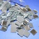 Tükörmozaik (100 g/csomag), Vegyes alapanyag, Mindenmás,  Tükörmozaik   Mérete: 10x10 mm  Kiszerelés: 100 g (kb. 150 db mozaik)  Az ár 100 g termékre vonatk..., Alkotók boltja