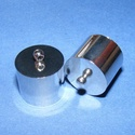 Bőrvég (46. minta/1 db) - 18x18 mm, Gyöngy, ékszerkellék, Ékszerkészítés,  Nagy méretű bőrvég és szalagvég (46. minta) - platinum színben  Mérete: 18x18 mm (belső átmérő: 17..., Alkotók boltja