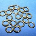 Szerelőkarika (1001/B minta/20 db) - 6x1 mm, Gyöngy, ékszerkellék,  Szerelőkarika (1001/B minta) - szimpla - bronz színben  Mérete: 6x1 mm Az ár 20 db termékre vonatk..., Alkotók boltja