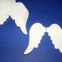 Filc angyalszárny (1 db) - fehér, Figurák,  Angyalszárny - fehér    Mérete: 6,5x6 cmAnyaga: filc  Az ár egy darab termékre vonatkozik. , Alkotók boltja