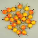 Koszorúdísz-3 (30 mm/4 db) - sárga/piros alma, Vegyes alapanyag,   Koszorúdísz-3 - alma    Mérete: kb. 30 mm    Az ár 4 darab termékre vonatkozik.   , Alkotók boltja