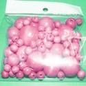 Festett fagolyó-3 (vegyes méret/75 db) - rózsaszín, Gyöngy, ékszerkellék,  Festett fagolyó-3 - rózsaszín  A csomag tartalma:Ø 8 mm - 60 dbØ15 mm - 6 db                  ..., Alkotók boltja