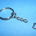 Kulcskarika lánccal (469. minta/1 db) - 25 mm , Csat, karika, zár, Mindenmás,  Kulcskarika lánccal (469. minta) - nikkel színben  Méretei: Kulcskarika: 25 mmA kis karikák mérete..., Alkotók boltja