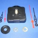 Óraszerkezet (1. minta/1 db) - AKCIÓS, , Mindenmás, Óraszerkezet (1. minta)  1,5 V-os ceruzaelemmel működik.  Mérete: 6x6x2 cm A tengelyhosszúság: 16 m..., Alkotók boltja