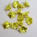Arany virág köztes - 20db/csom., Gyöngy, ékszerkellék, Fém köztesek, Arany színű, öt szirmú virágot formázó fém köztes, összekötő, amit használhatsz a gyön..., Alkotók boltja