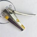 E 5789, Gyöngy, ékszerkellék, Fém köztesek, Tűzzománc borítású fé medál. Méret: 19x54 mm. Furat: 3 mm. Súly: 11.8 g., Alkotók boltja