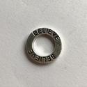 Believe charm, Gyöngy, ékszerkellék, Fém köztesek, Believe (hiszek) fityegő 1,5 cm méretű, ékszer készítéshez ajánlom. Antiallergén bevonatú, nemesacél..., Alkotók boltja