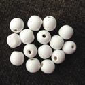 fa gyöngy 16mm fehér, Fa, Gyöngy, ékszerkellék, Gyöngyök fából, fehér színben. 16 mm átmérőjű. Az ár 10 darabra vonatkozik. , Alkotók boltja