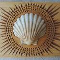 Kagylós ékszeres ládika, Otthon & lakás, Dekoráció, Képzőművészet, Lakberendezés, Tárolóeszköz, Famegmunkálás, Gyönyörűszép, fából készült, kézzel, gondos, aprólékos munkával faragott ládika. Az alap doboz hárs..., Meska