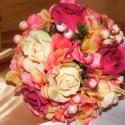 Rózsa-Hortenzia Kerek Csokor esküvőre,ballagásra, Esküvő, Dekoráció, Esküvői csokor, Esküvői dekoráció, Virágkötés, Hortenzia-rózsa és dércsípte hóbogyó alkotja a csokrot kevés eukaliptusz díszítéssel. Az alapja egy..., Meska