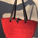 Horgolt táska - Élénk korall, Táska, Divat & Szépség, Táska, Horgolás, Élénk korall színű Bobbiny pólófonalból készítettem ezt a táskát, melynek szürke színű bőr szíja és..., Meska