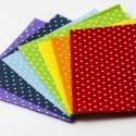 Pöttyös filc anyagcsomag a színvárvány 7 színében, Textil, Filc, Vidám, egyedi pöttyös filc anyagcsomag a szivárvány minden színében! :)  Mérete: 15x15 cm x 7 db Vas..., Alkotók boltja