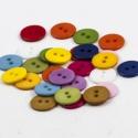 Élénk, színes műanyag gombok 12,5 mm - 30 db, Gomb, Műanyag gomb, Gyönyörű műanyag 2 lyukú gombok a képen látható élénk színekben.  Métere: 12,5mm  A csomag ára 30 db..., Alkotók boltja